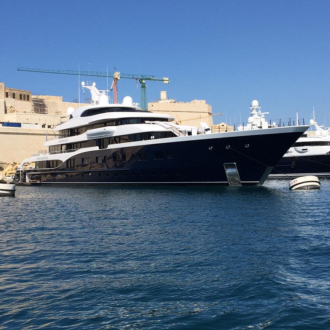 Birgu yacht