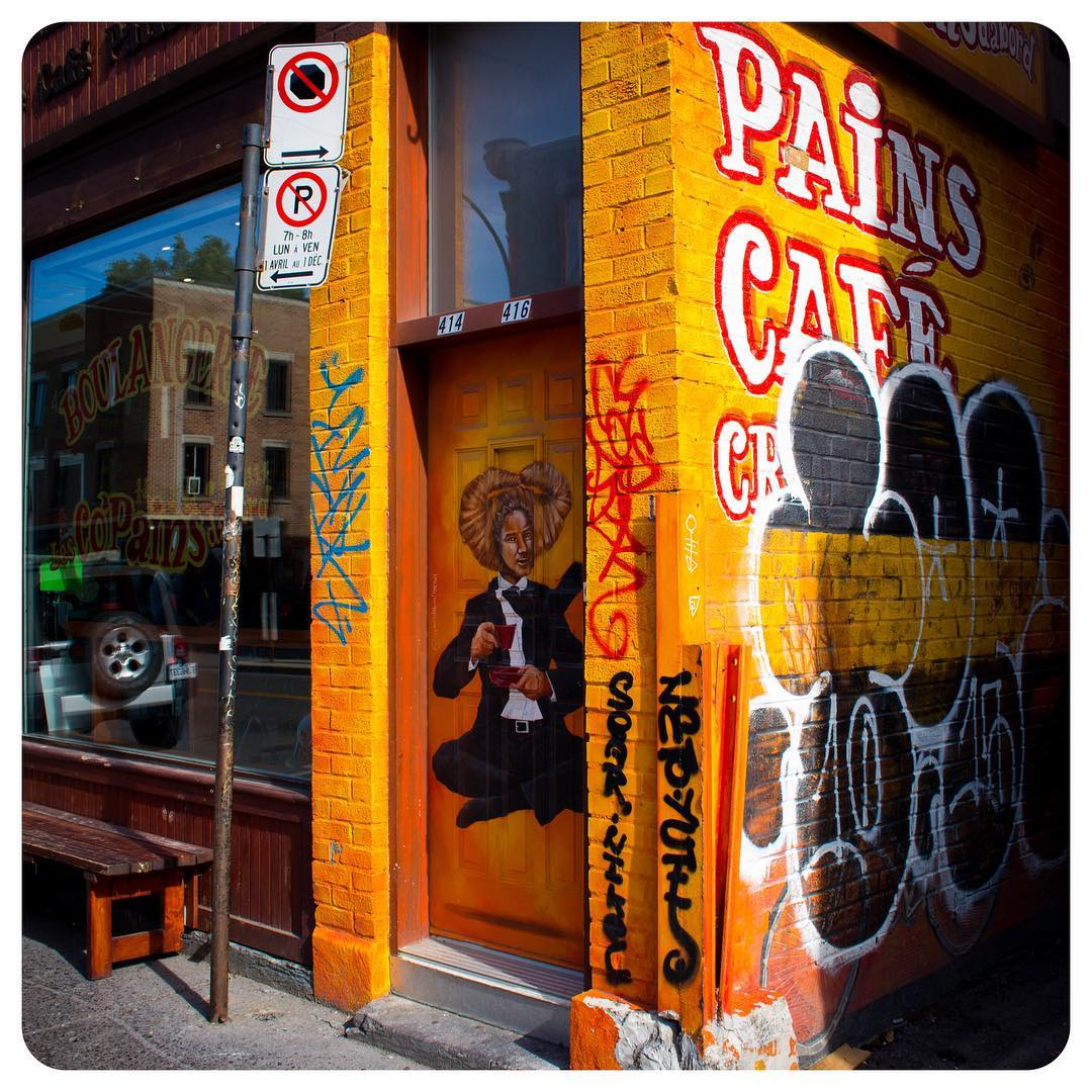 Les Co'Pains d'abord (Friends first), a bakery and café in Montréal